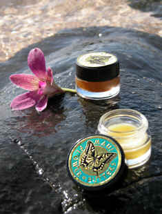 Natural perfumes from Hawaii - Maui Flower Butters - Maui perfumes Hawaii perfumes Hawaiian perfumes